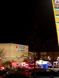 Gunman opens fire in Oregon mall (source: CNN)
