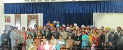 Sikhs celebrating the birth anniversary of Guru Nanak at the White House in 2010 (source: SikhNet)