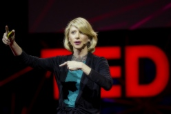 Dr. Amy Cuddy (source: Harvard Business School)
