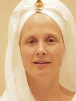 Snatam Kaur (source: YouTube user sopurkh)