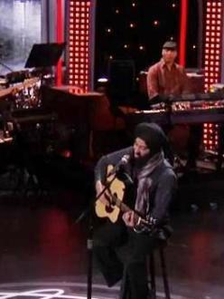 Gurpreet Singh Sarin performs during Hollywood Week (source: YouTube)