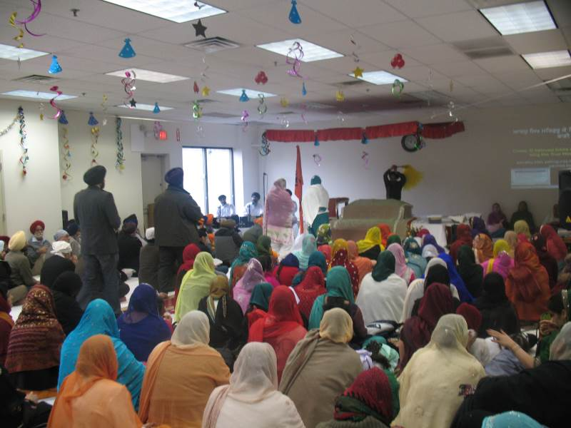 <em>Akhand path</em> service at the Gurdwara of Delaware. (source: Gurdwara of Delaware)