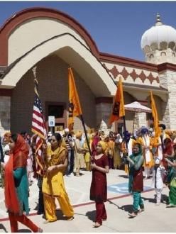 """""""A view of the Nagar Kirtan (Khalsa Parade) at the Inauguration of Gurdwara Nishkam Seva, Irving, Texas, April 13, 2013."""" (source: SikhNet)"""