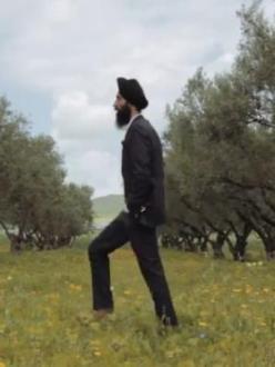 "New York fashion designer and actor Waris Ahluwalia in ""Waris Ahluwalia's Long Road."" (source: YouTube)"