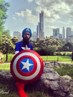 Cartoonist Vishavjit Singh poses as Captain America in New York's Central Park. (Photo Credit: Fiona Aboud. Source: Sikhtoons)