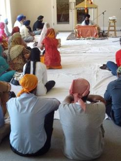 A service by The Sikh Gurdwara of San Francisco. (Source: The Sikh Gurdwara of San Francisco Facebook page)