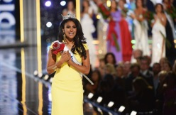 """Miss America 2014 contestant Miss New York Nina Davuluri wins the 2014 Miss America Competition at Boardwalk Hall Arena on September 15, 2013 in Atlantic City, New Jersey.""(Photo: Getty Images/Michael Loccisano. Source: ColorLines)"