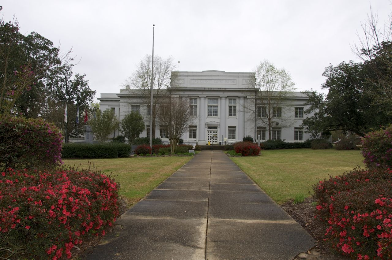 Disorder in the court: injustice in Mississippi's justice ...